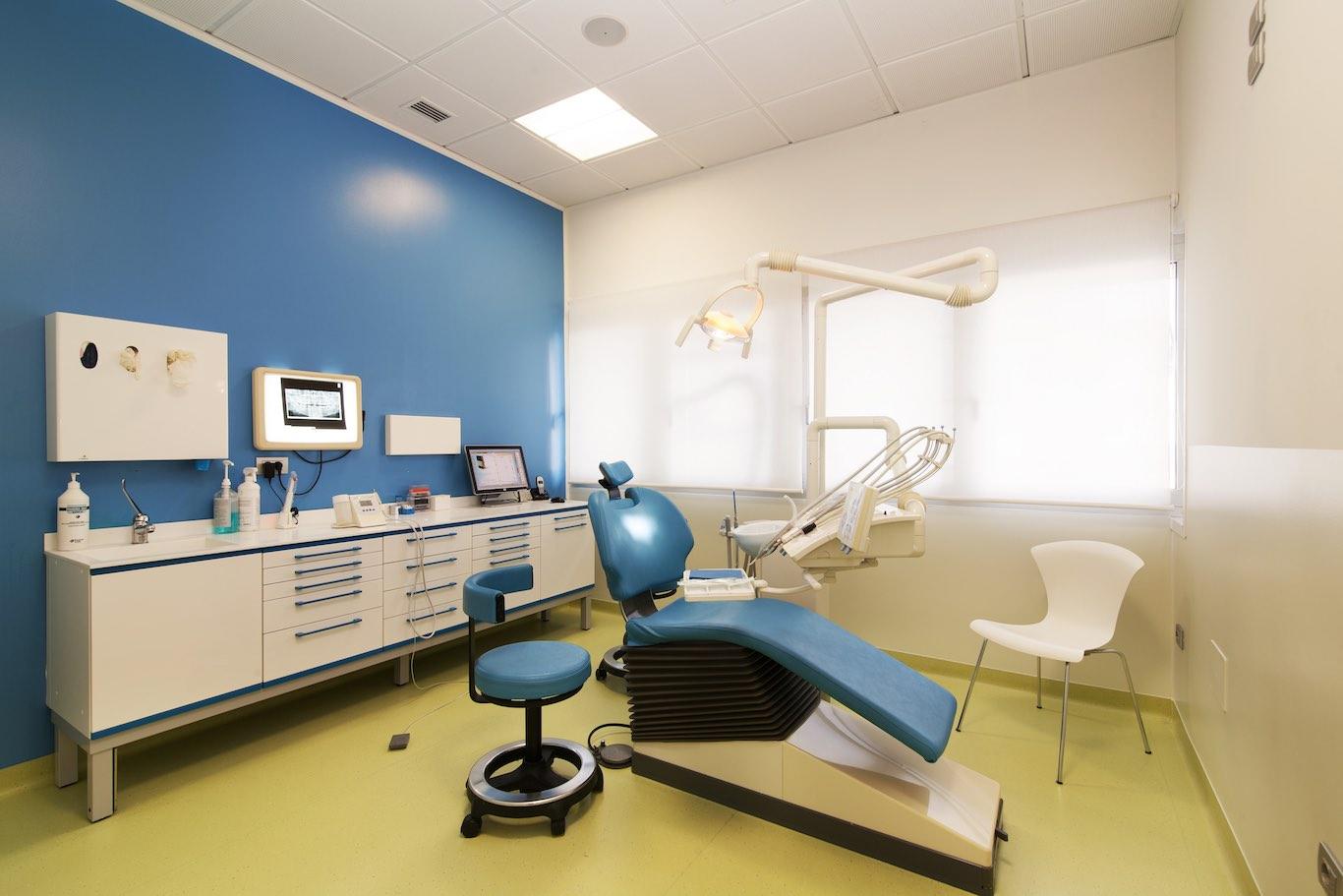 stanza_azzurra_studio dentisticofazialbo